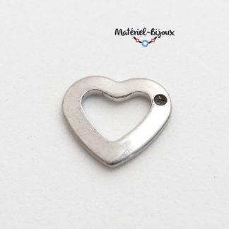 breloque coeur en acier inoxydable avec son centre creux